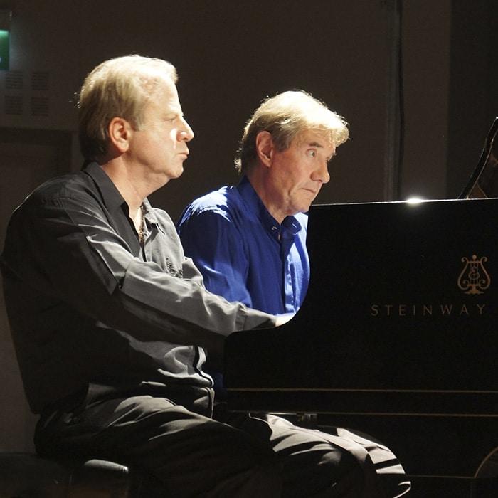 Denis Simándy et Gabriel Tacchino